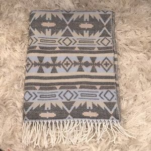 """5 for $25! F21 25""""x70"""" Blanket Scarf"""